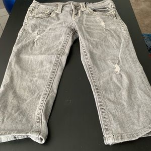 Miss Me light wash cropped jeans